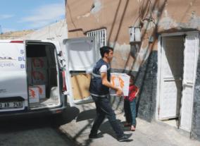 Büyükşehir'den Dar Gelirlilere  Gıda Desteği