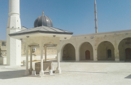 Tarihi camii  ibadete açıldı
